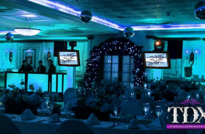 15-TDX-Plasma-Screens-with-DJ-booth